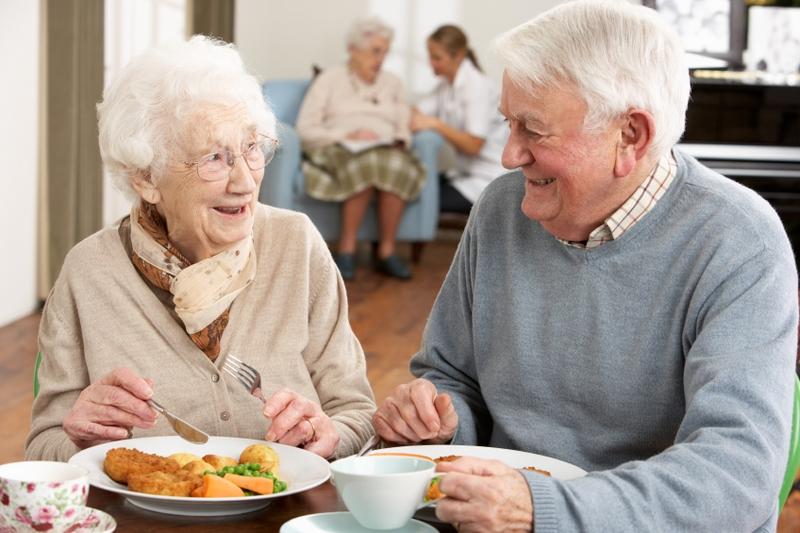 Пансионат для пожилых людей - достойная старость для родных и близких
